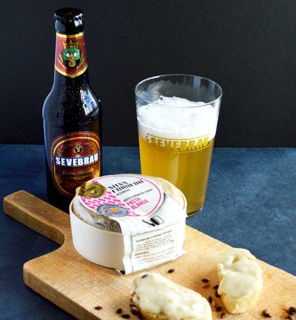 Queso de cabra pasta blanda maridado con nuestras cervezas artesanas