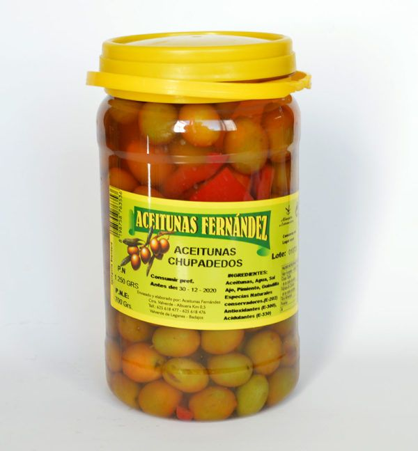 Aceitunas chupadedos guisadas con diferentes especies