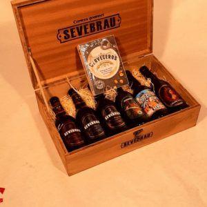 Estuche de madera con 6 cervezas artesanas